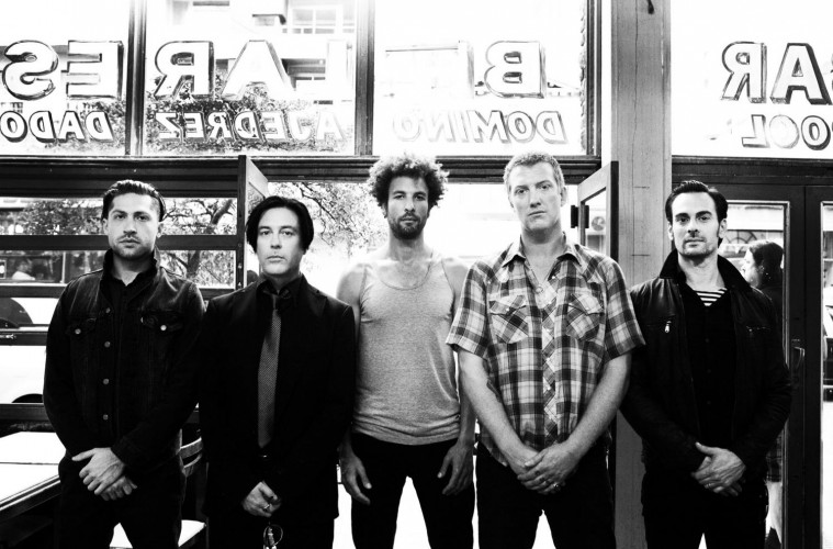 Queens_of_the_Stone_Age_press_20130401_2048x1365