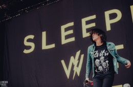 sleepingwithsirens-2