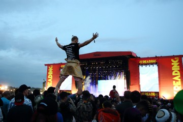 GettyImages-597571190_reading_festival_atmosphere_1000