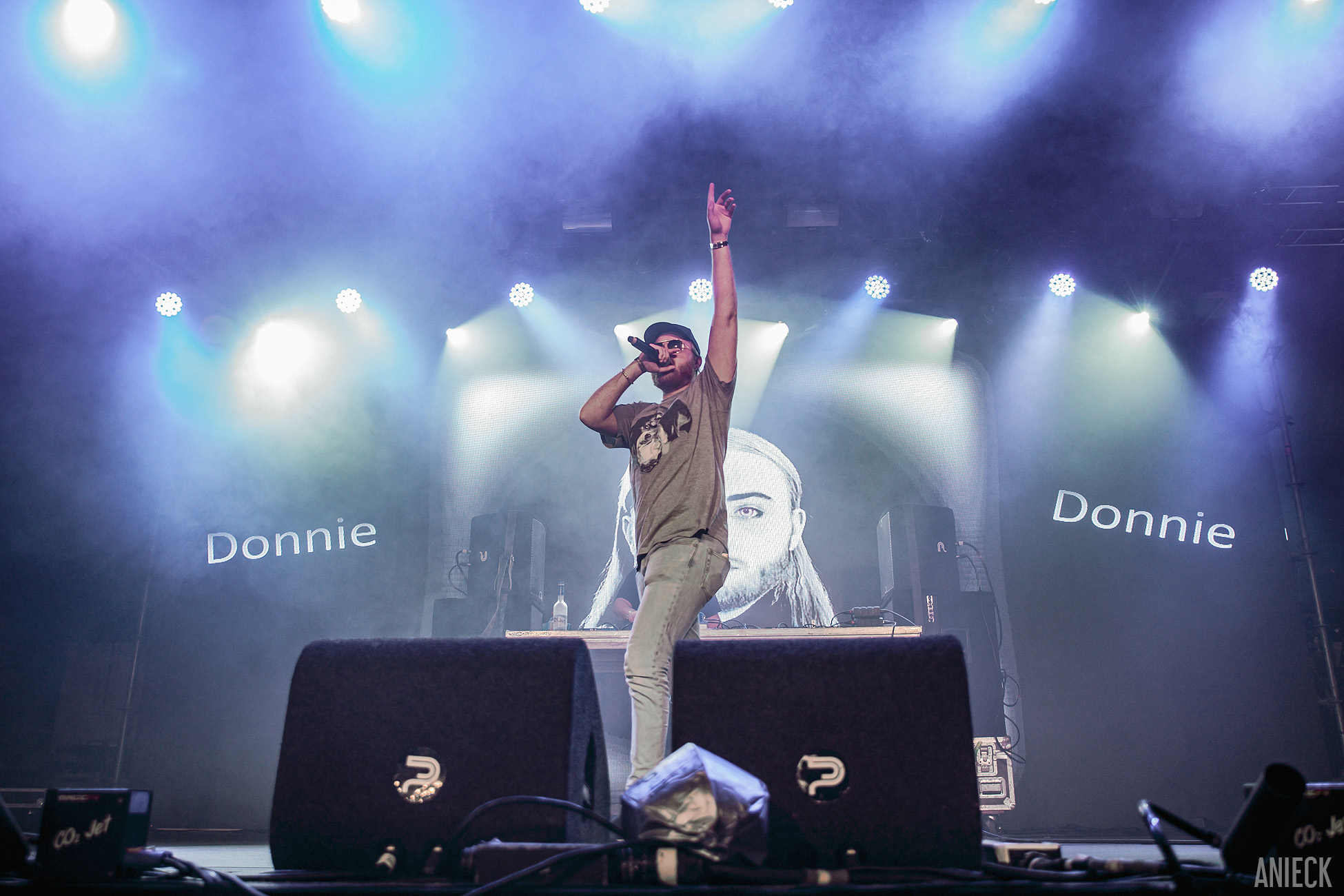 DONNIE3